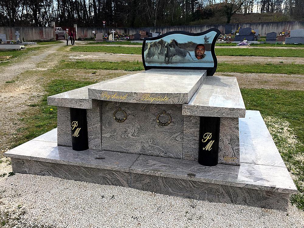marbre funéraire en dordogne Périgueux