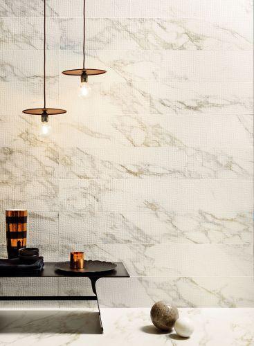 Salle de bain marbre blanc Périgueux