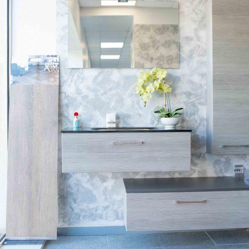 Meuble salle de bain fond marbre à Périgueux